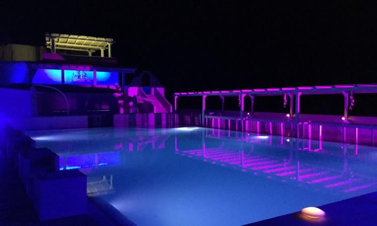 piscina scoperta vista mare