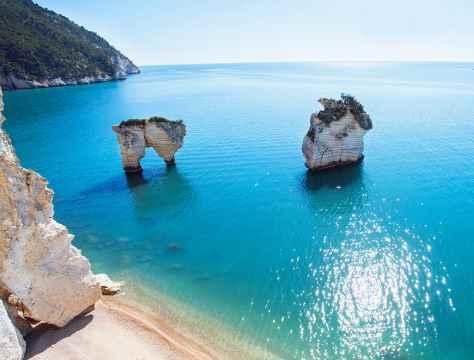 escursioni-in-barca-mattinata-vieste-gargano-grotte-marine-puglia-mare-4